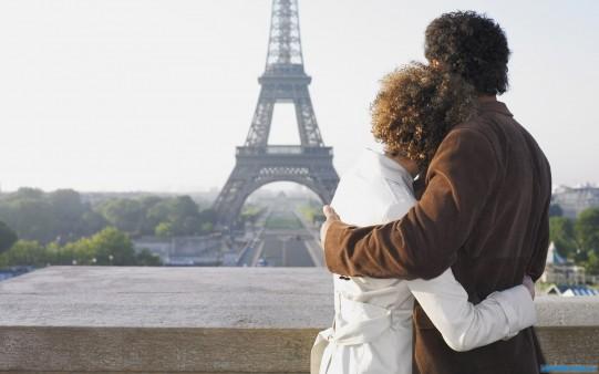 Пара-в-Париже